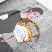 ingrosso favorisce l'anello di tovagliolo-Anello portatovagliolo bianco per bomboniere portacandele portacandele in resina decorata con tavolo da matrimonio