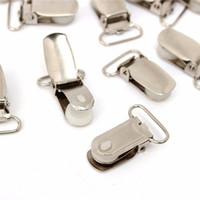 schnullerarten großhandel-20 STÜCKE T Typ Legierung Hosenträger Schnalle Schnuller Schnuller Spielzeug Dummy Clips Silber Metallhaken Schnuller