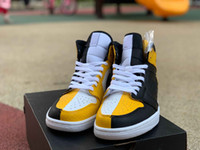 Wholesale branded basketball sneakers resale online - Designer Fashion off Luxury Brand mens women Basketball shoes for mens trainers white running sneakers sports loafers size