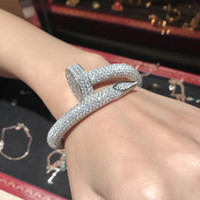 brazaletes de oro blanco sólido al por mayor-2019 NUEVA calidad superior brazalete de circón cúbico pulseras pavimentadas de oro 18k plateó la joyería para las mujeres