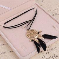 disfraz de mujer de oficina al por mayor-Elegante pluma con cuentas largo negro cadena de la borla collares para mujeres accesorios de oficina Bohemia trajes joyería Bijoux