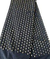 ingrosso pizzo nero del guipure nero del tessuto-Oro nero 5 metri Tessuto in pizzo guipure Tessuto africano in pizzo Tessuto indumento nigeriano grande pesante flessibile