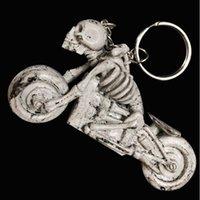 eşsiz kafatası halkaları toptan satış-2018 yeni serin benzersiz 3D alaşım vintage antik anahtarlık yüzük anahtarlık yenilik yaratıcı biblo kadın erkek hediye kafatası motosiklet
