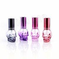spray de decoracion al por mayor-colorido portátil 8ML mini botella de cristal del cráneo del frasco de perfume de espesor Botella de spray decoración del hogar coche casa AccentsT2I5637
