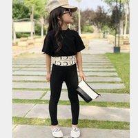 siyah pantolon takımları toptan satış-Kızlar Kıyafetler Moda Yaz Çocuklar Setleri Çocuk Takım Elbise Siyah Tops + pantolon çocuk giysi tasarımcısı kızlar giysi çocu ...