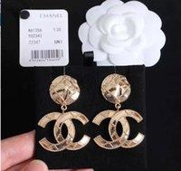 acoplamento auricular venda por atacado-Luxos de marca titanium aço stud para as mulheres designer de marca luxos senhora brincos carta casal brinco jóias