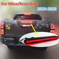 refletor de cob venda por atacado-LEVOU ESPIGA Refletor Lâmpada DRL Traseira para Toyota Hilux / Revo 2015 2016 2017 2018 luz de freio luz Reversa Trunk lâmpada luz da cauda