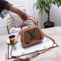 Wholesale vintage laptop messenger bag resale online - TOP TOP Hot Sale Brand Designers women Women s Vintage Shoulder Bag Leisure Handbag Business Men Laptop Bag Messenger Bag