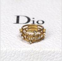 ingrosso ornamenti alla moda-ornamento mano alla moda con anello di lettera di diamante, ornamento di moda retrò oro