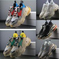 zapatos de ascensor casual de los hombres al por mayor-Nuevo 2018 Triple S Zapatos Hombre Mujer Zapatillas de deporte de alta calidad Colores mezclados Talón grueso Abuelo Papá Trainer Triple-S Calzado casual con zapato elevador