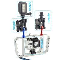 klammer blinkt großhandel-Dual Handle Scuba Diving Halterung Blitzlicht Montagerahmen Kit für Gopro Hero 7 6 5 4 SJCAM Sony Kamera Camcorder Smartphone