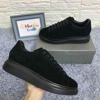 sapatos para estilo novo venda por atacado-Designers de plataforma de sapatos de veludo Chaussures Designers de tênis Chunky Designers de luxo Sapatos casuais Mais vendidos 2019 Novo estilo