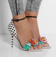 femmes sandales à pois achat en gros de-Gladiateur D'été Sandales Multicolore Fleur Lady Corsage Sandales Mode Femmes Gladiateur À Talons Chaussures Adorable Polka-Dot À Talons Tacheté