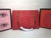 diseñador grandes bolsos negro al por mayor-Bolsos de diseñador bolso de compras negro rojo mujer patrón de onda bolso de hombro clásico de alta calidad de la marca de gran capacidad
