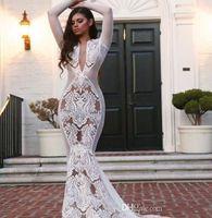 boda kardashian al por mayor-Vestidos de novia blanca Kim Kardashian vestido de novia 2020 Yousef aljasmi blanca en árabe Novias de manga larga con cuello en V sirena apliques