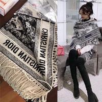 bufandas nuevas al por mayor-Nueva bufanda de cachemir chal de cachemira femenina retro clásico mantón de la cachemira de la marca impresa bufanda el 180 * 70cm