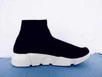 tops unisex al por mayor-Zapatos casuales unisex Calcetines planos de moda Botas Rojo Gris Triple Negro Blanco Estiramiento Malla Alta Zapatillas de deporte de alta Velocidad Trainer Runner