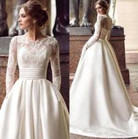 vestidos de marfim venda por atacado-Cetim marfim Vintage Lace Appliqued Bateau vestidos longos mangas casamento Luxo Plus Size Vestido de Noiva Vestios De Novia
