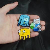 ingrosso tempo di avventura jake-Adventure Time Perni BMO Spilla Jake Spille con smalto Spilla Vestiti con spille per badge Spille per camicette Per Bambini Regalo trasporto di goccia