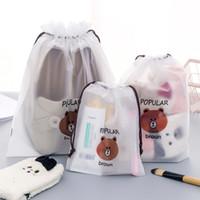 kordelzug braun großhandel-Kreative Tragbare Reisekosmetik Make-Up Taschen Bündel Tasche Cartoon Braunbär Kordelzug Staubdichte Tasche Aufbewahrungsbeutel