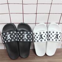 erkekler için terlik toptan satış-Marka Ev Logolu Terlik Moda Banyo Terlik Erkekler için Rahat Tarzı kadın Plaj Yaz için Ayakkabı