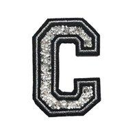 hot fix silver achat en gros de-C Lettre Hot Fix Strass Patch Coudre Fer Sur Alphabet ABC Badges Appliqués Brodés Noir Argent Pour Sac Jeans Chapeau T Shirt DIY
