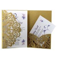 invitaciones blancas de lujo al por mayor-100pcs Laser Cut Luxury Gold Blue White Tarjeta de invitación de boda Cubierta elegante Encaje Tarjeta de felicitación Cubierta Decoración de fiesta Suministros