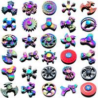 super gyro achat en gros de-Fidget Spinner Toys Date 120 modèles Tri-Fidget Métal Coloré EDC Gyro Super-héros Dragon Rainbow main spinners doigt jouet