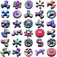 ingrosso modelli a mano-Fidget Spinner Toys I più recenti 120 modelli Tri-Fidget Metal EDC Gyro Superhero Dragon Rainbow spinner hand toy giocattolo