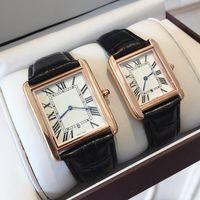 famosa marca de relojes de lujo al por mayor-Famoso diseñador de Moda Venta Caliente Hombre / mujer marca Reloj Correa de cuero Casual Nuevo Vestido de Lujo Reloj de Cuarzo cuadrado Relojes De Marca Reloj de pulsera