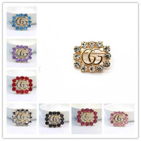 Wholesale china women clothes dresses party resale online – Cute Letter Brooch Pins For Women Jewelry Dress Clothing Pins Rhinestone Exquisite Bling Bling Suit Brooch For party Festival Gift Brooch