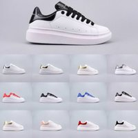 kaliteli ayakkabı indirimi toptan satış-2019 McQueen Whole Network hot sale discount high quality designer shoes men and women casual shoes white shoe size 35-44