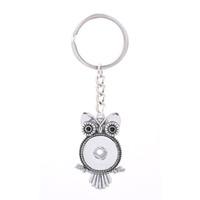 18 mm halkalar toptan satış-Değiştirilebilir En Popüler 028 Moda Metal Anahtar Zincirleri Fit 18mm Erkekler Kadınlar Için Snap Düğmesi Anahtarlık Takı Anahtar yüzükler Hediye