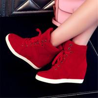 zapatos de tacones ocultos al por mayor-Botas de mujer de primavera Botas de plataforma de cuña de cuero de gamuza sintética Zapatos de tacón oculto Zapatos casuales de tacón alto para mujer Bota de tobillo