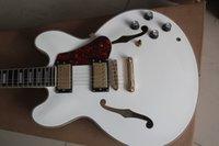 jazz gitarre hohlkörper f löcher großhandel-Fabrik Billig Benutzerdefinierte weiße farbe Maple Top ES-modell Semi Hohlkörper Doppel F-löcher Jazz E-gitarre Gute Qualität Gitarren