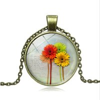 Wholesale clay ceramic pendants resale online - 8 flag pattern necklace Gerbera Flower Pendant Sunflowers Necklace Dandelion Glass Dome Silver Chain Clover Fashion Jewelry