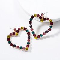 aretes de strass multicolor al por mayor-Multicolor Rhinestone Heart Stud Earring Mujeres Rhinestone Heart Earring Gift para el amor Novia Accesorios de joyería de moda