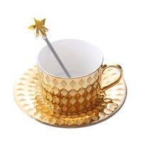 europäisches porzellan großhandel-Gold Europäischen Stil Keramik Kaffeetassen Kreative Bone China Becher Porzellan Milch Tassen