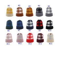 weihnachtshüte für damen groihandel-Knit Plaid Hat Frau warme Winter Crochet Schädel-Kappe im Freien Dame überprüfen Wintermütze Weihnachten Party-Hüte MMA2567
