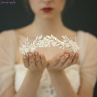 balo için gümüş saç aksesuarları toptan satış-Moda Porselen Çiçek Düğün Taç Gelin Saç Tiara Silver Leaf başlıkiçi Kadınlar Partisi Prom Aksesuar Saç Takı