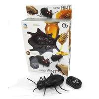 поддельные пауки оптовых-Инфракрасный муравей таракан паук пульт дистанционного управления игрушкой макет поддельные RC трюк игрушки животных игрушки ошибки для партии шутка практика развлечения для детей игрушки