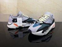 running shoes online al por mayor-zapatillas de deporte en línea West 700 Wave Runner Running Shoes For Womens 700s V2 Static Sports Sneakers Mauve Gris sólido zapatos Tamaño 36-45