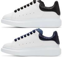 zapatos de serpiente al por mayor-Diseñador Hombre Mujer Zapatillas de deporte Zapatos casuales Moda Inteligente Plataforma Zapatillas Luminoso Fluorescente Zapato Serpiente Espalda Cuero Chaussures Pour Hommes