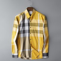 camisas casuales a cuadros al por mayor-Hight Fashion Brand Designer Mens Women Plaid Shirts Casual Top Quality Yellow Goden Business Office Check Shirt Blusa de manga larga B100225V