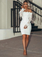 Sexy Mini Cocktail Party Gowns Long Sleeves Lace Short Prom Dresses Bateau Neck Special Occasion Club Wear
