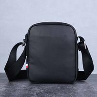 kaliteli erkek deri haberci çantası toptan satış-Hakiki Deri Erkek Haberci Çantası Ünlü Marka Moda Adam Omuz Çantası Tasarımcı Erkek Çapraz Vücut Çanta Yüksek Kalite