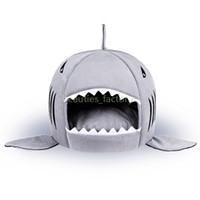 кот акулы дома оптовых-Pet Bed Cat Щенок Акула Форма Подушки Собака Дом Питомник Кошка Теплый Pet Теплый Портативный Поставки Для Собак 1 шт.