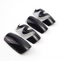 siyah tırnak modası toptan satış-protez tırnak siyah Moda 24PCS Dalga Model Katı Renk Yanlış Çiviler Siyah Şeffaf Kısa Kare Tam Kapak Akrilik Tırnak