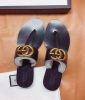 новые пластиковые сандалии оптовых-Европа и Соединенные Штаты новые пластиковые цепи пляжная обувь конфеты цвет желе сандалии цепи с плоским дном сандалии35-43