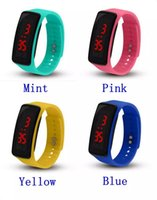 schaut gelees großhandel-New Fashion Sport LED Uhren Candy Jelly Männer Frauen Silikon Gummi Touchscreen Digitaluhren Armband Armbanduhr